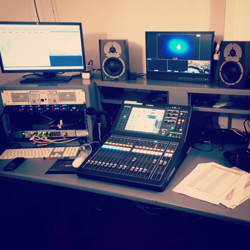 Yopi Sound - société équipée avec du matériel audio professionnel de qualité pour assurer un mixage parfait pour votre projet audiovisuel - Pierre Yokel - Hauts-de-Seine - Île-de-France